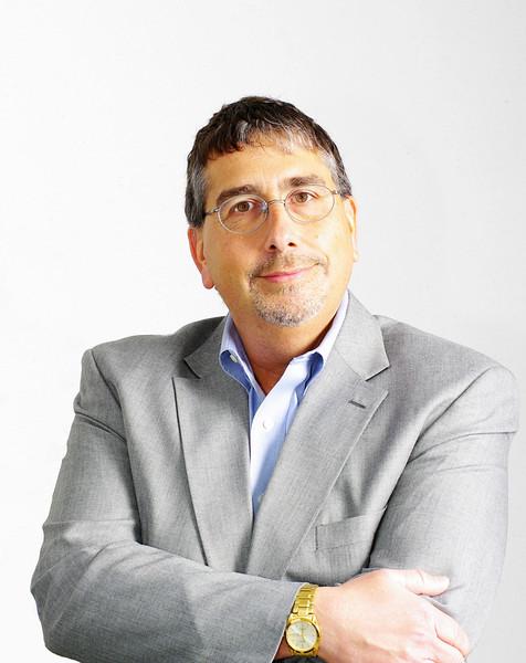 Len Puzzuoli